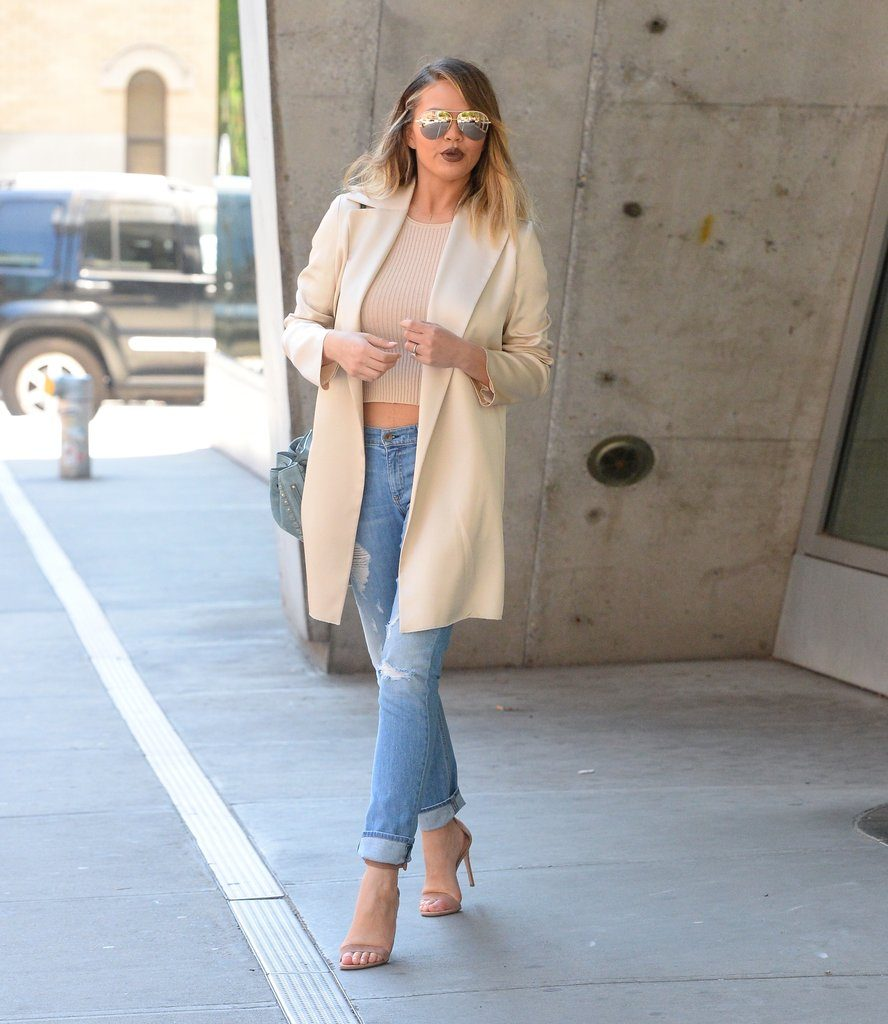 chrissy-teigen-out-nyc-june-2016